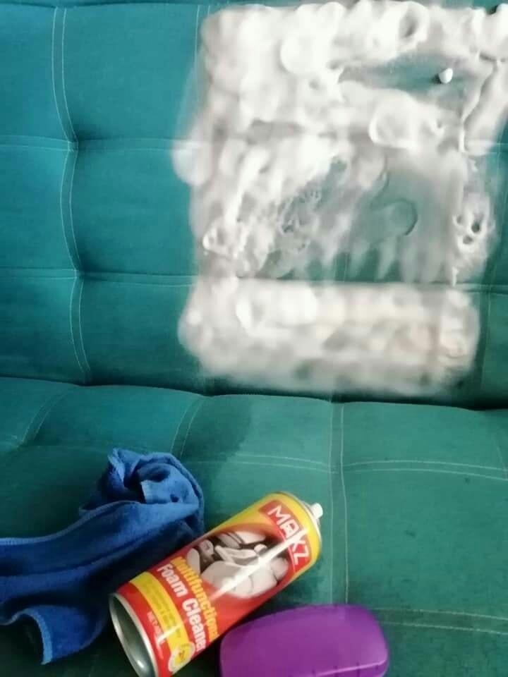Cuci Sofa Kepam Guna Produk Pencuci RM 3 Ni Je, Lihat Hasilnya 4