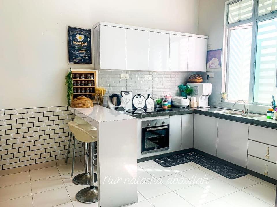 """Kuasa """"Wallpaper"""", Tak Perlu Kerja-Kerja Pecah Jubin Untuk Ubahsuai Dapur 4"""