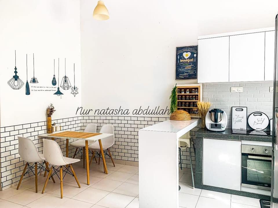 """Kuasa """"Wallpaper"""", Tak Perlu Kerja-Kerja Pecah Jubin Untuk Ubahsuai Dapur 3"""