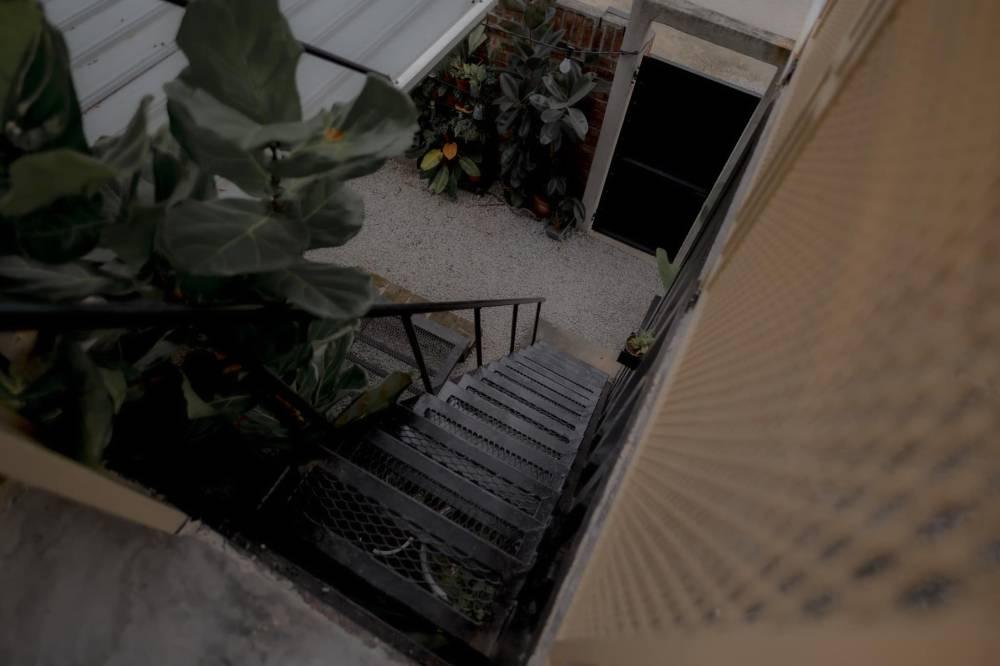 Sebuah kediaman suami yang berkeluasan 900 kaki persegi diberi nama 'Kotak Teduh' jadi tarikan 8