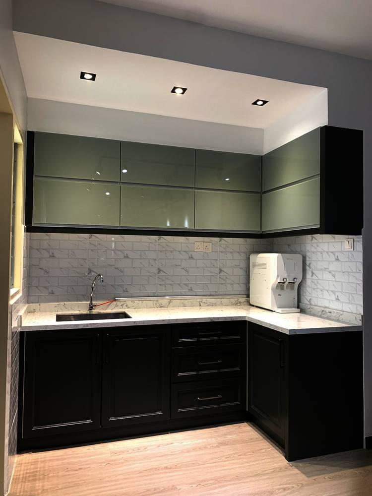 Konsep Minimalis Dengan Pilihan 'Emerald Green' Jadi Pilihan Untuk Apartmen Ini 10