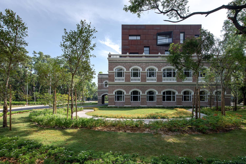 Binaan Bangunan Kolonial Sentul Works Ini Jadi Tarikan, Warga Sentul Memang 36