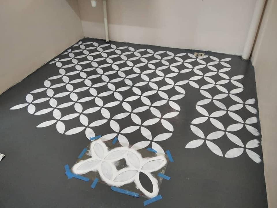 Guna Cat Epoxy Dan Stencil Je Untuk Hasilkan Lantai Kemas Dan Cantik Macam Jubin 6