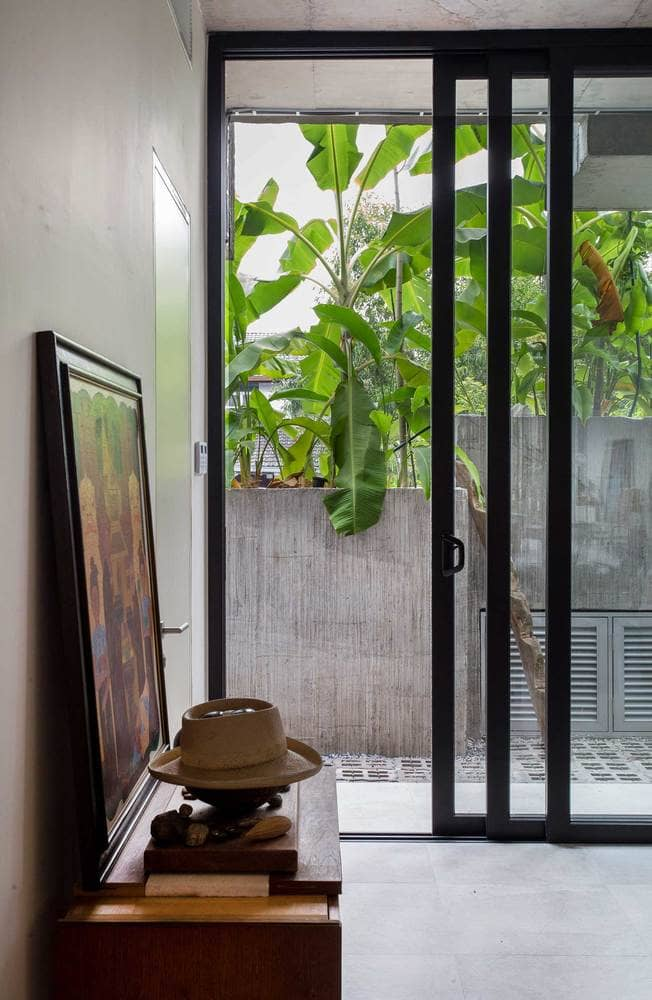 Rumah 'Planter Box' Di Reka Penuh Gaya Hidup Pemilik 20