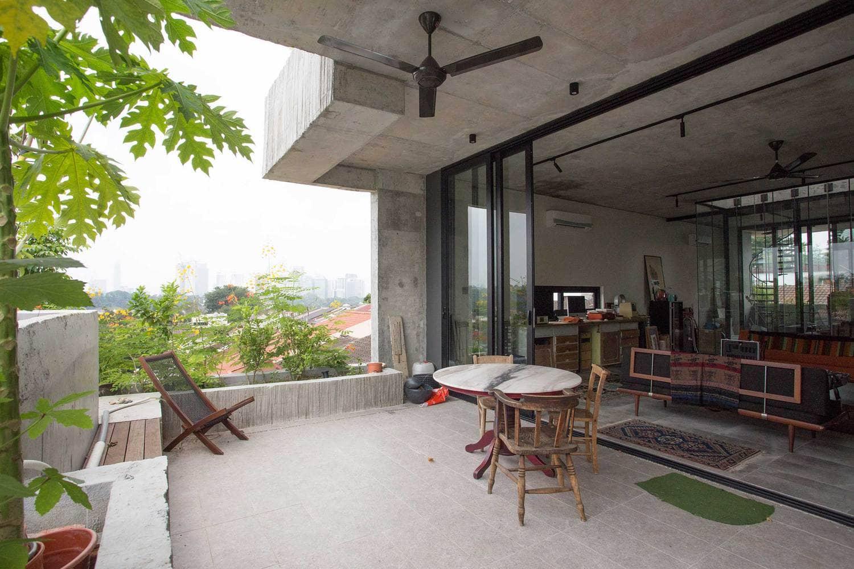 Rumah 'Planter Box' Di Reka Penuh Gaya Hidup Pemilik 12