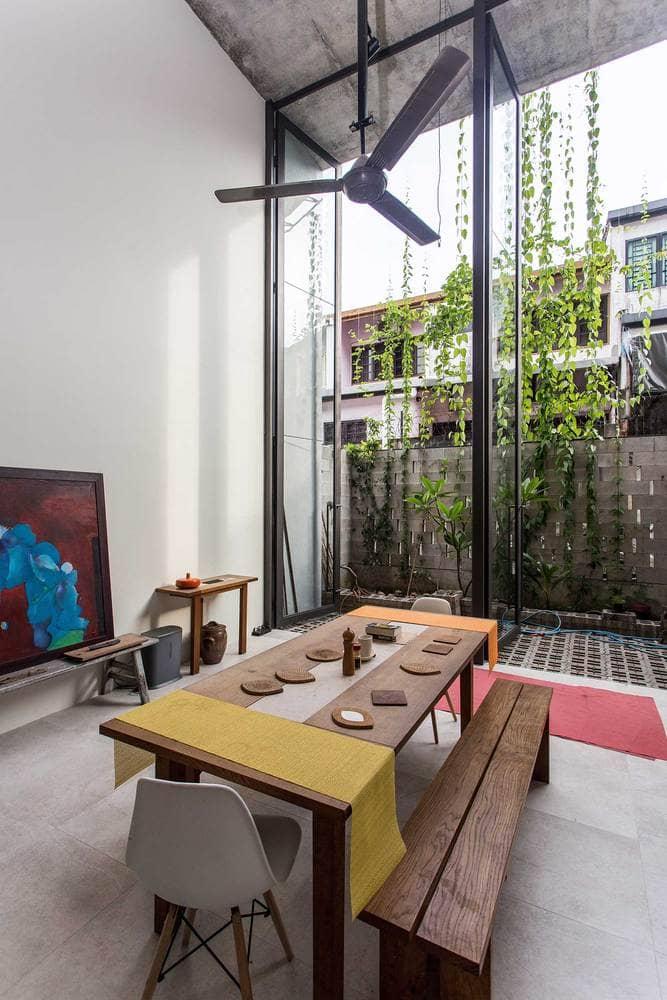 Rumah 'Planter Box' Di Reka Penuh Gaya Hidup Pemilik 14
