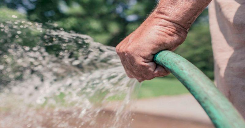10 Perkara Menyebabkan Pembaziran Air Di Laman Anda