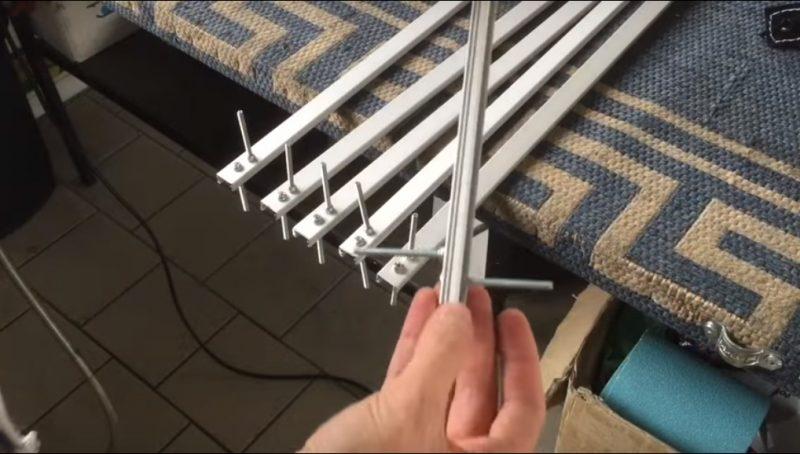 (VIDEO) Buat Sendiri Lampu Taman Dari Cable Raceways dan LED Stripe Modal Tak Sampai RM 5 Seunit 8