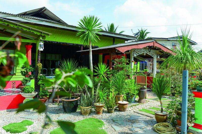 480 Koleksi Gambar Taman Halaman Rumah Cantik Gratis