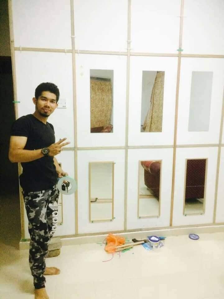 """DIY """"Feature Wall"""" Dari Cermin Kedai Bajet RM 2 4"""