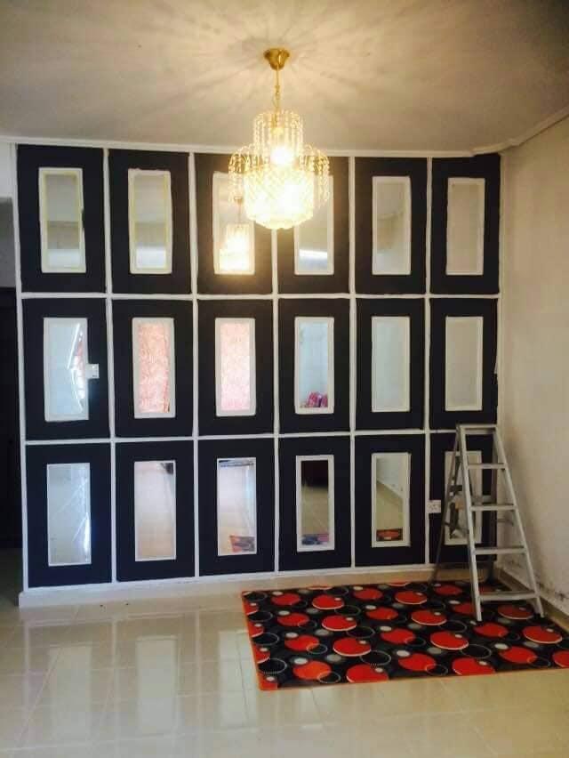 """DIY """"Feature Wall"""" Dari Cermin Kedai Bajet RM 2 7"""