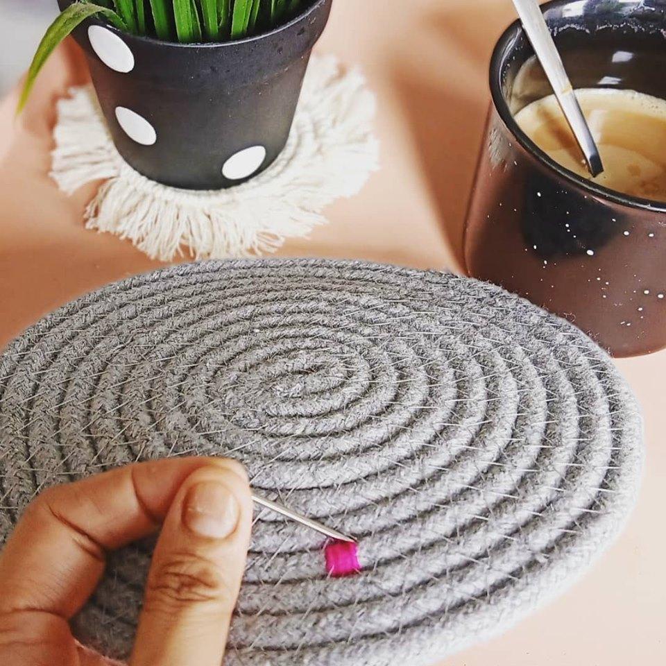 DIY Rug Kaki Cantik Dari Alas Periuk Murah 3