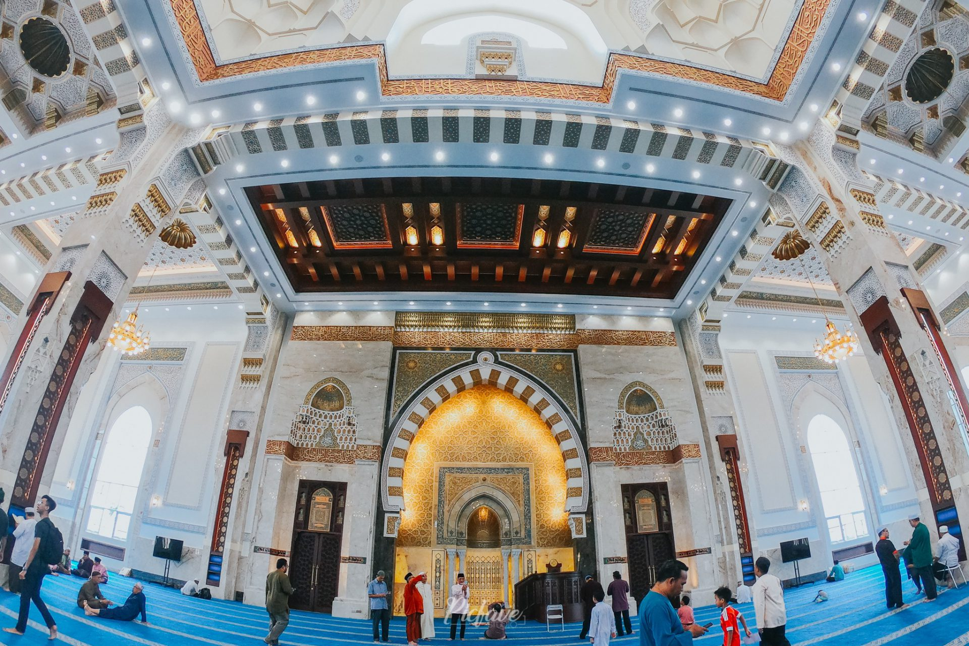 71700778 10221370435909221 6498742902800252928 o 27 42 573380 - Seni Bina Indah Masjid Sri Sendayan Jadi Tumpuan