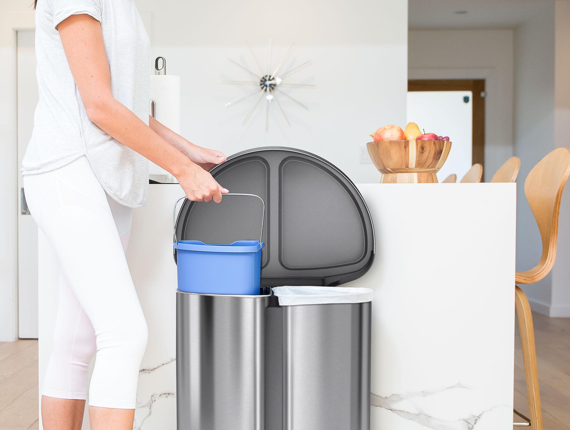 trash can recycling ct2.1 dt 2x 19 42 648432 - Dapatkan Dapur Yang Sentiasa Bersih Dan Segar Dengan 6 Tip Mudah