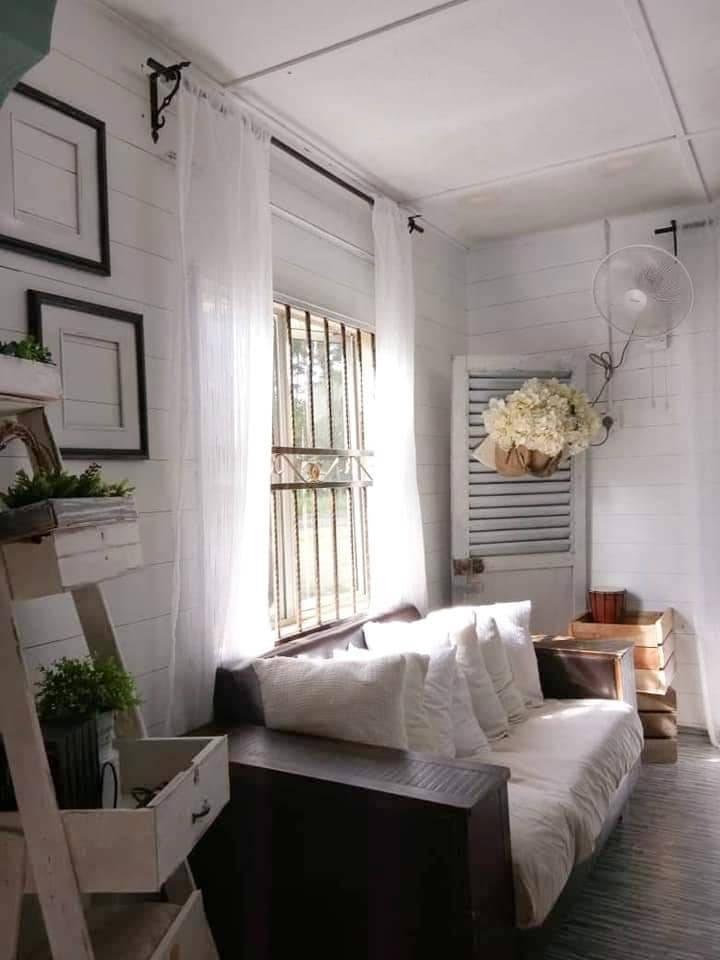 Makeover Ruang Tamu Konsep Farmhouse Guna Barang DIY, Shiplap Wall Pakai Marker Pen Je 6